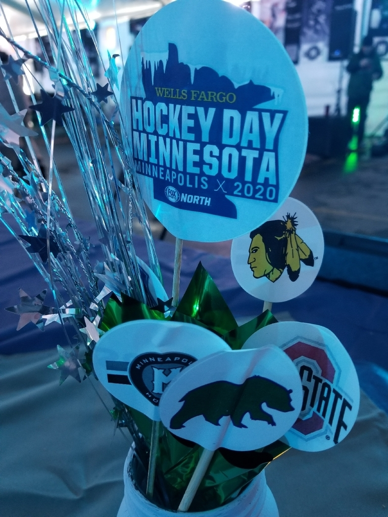 hockey day vase