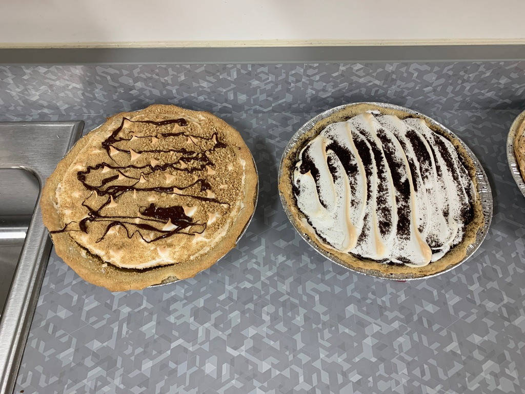 s'more and oreo chocholate pies